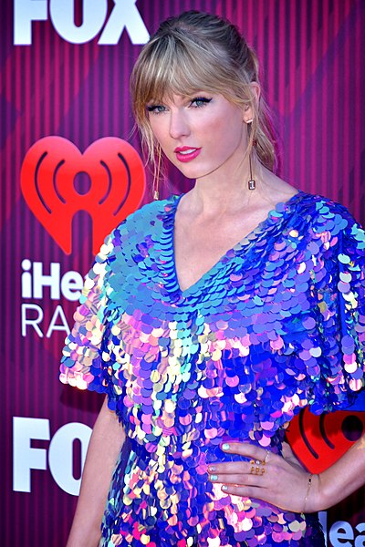 celebrity_heights_Taylor_Swift